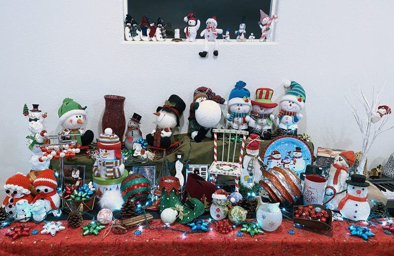 holiday-snowmen-collection-christmas-decoration