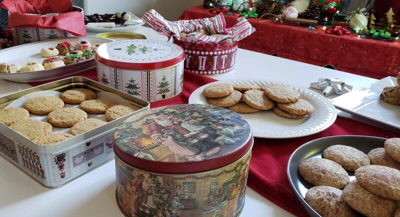 Cookie-Tins-Shipping-Christmas-Cookies-2